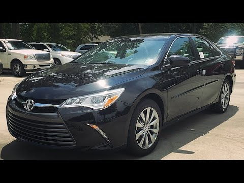 toyota camry xle v6 review